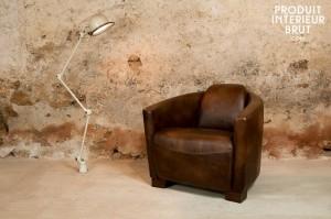 Beau fauteuil club « Red Baron » et lample Djiedé - Produit Intérieur Brut…